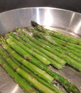 Cooking the asparagus in water on stove